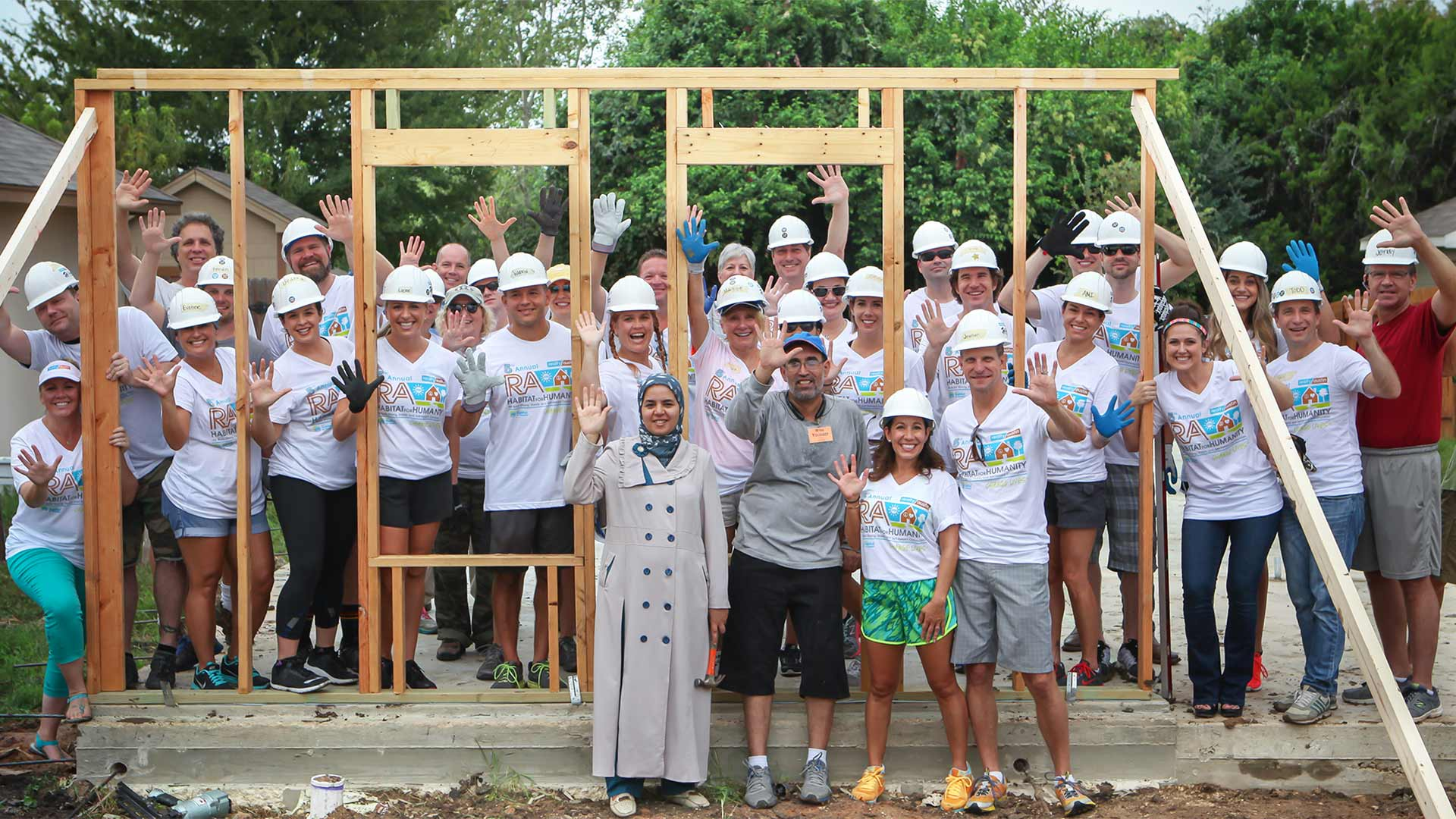 Image of Wall Raising with Moujani family