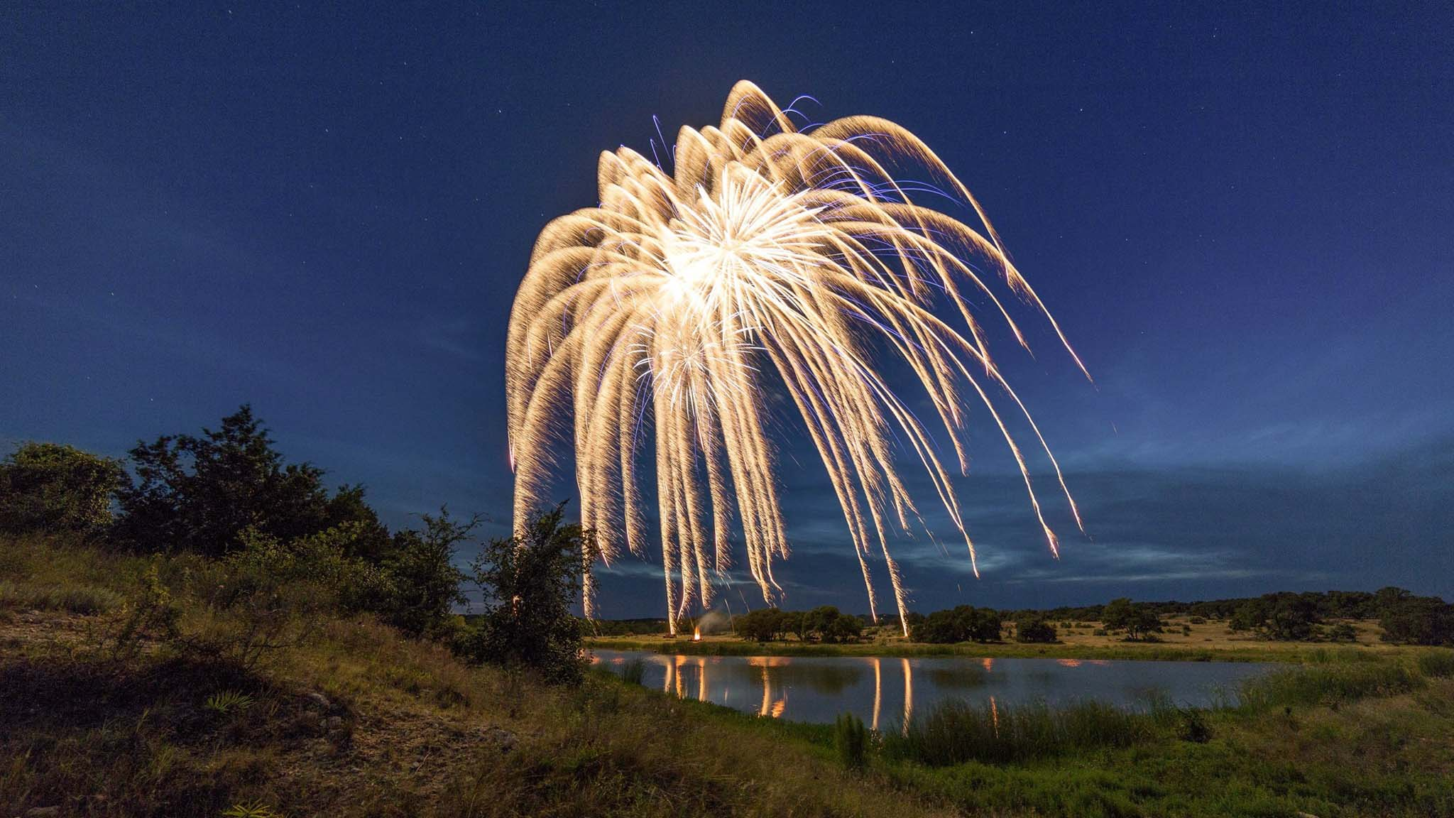 Image of Fire In The Sky- 4th of July Fireworks