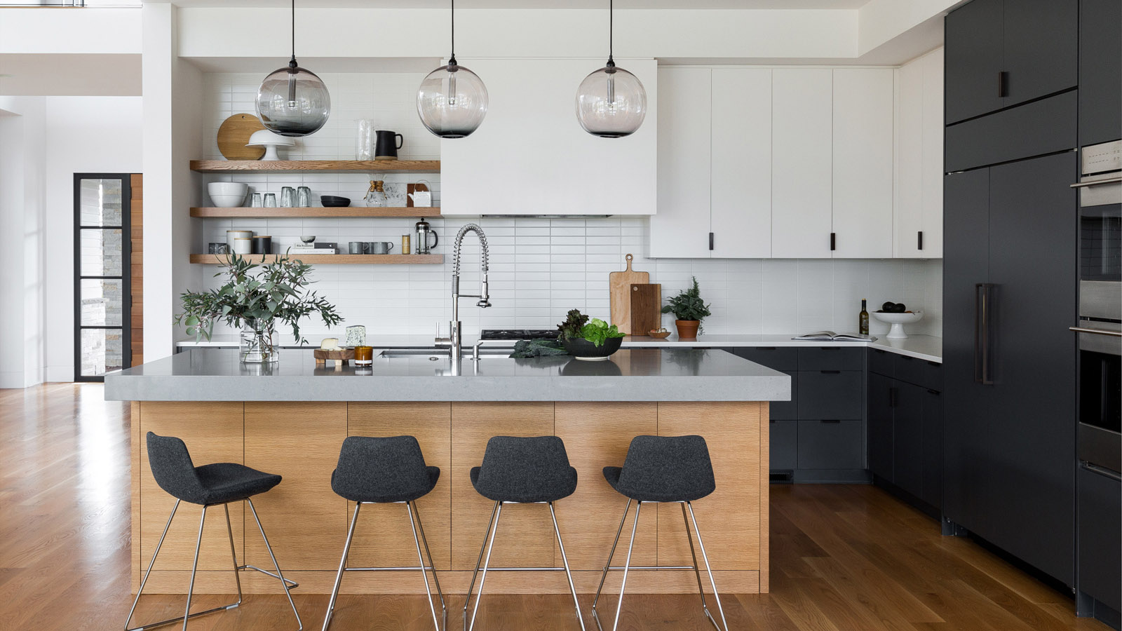 Image of 3 Tone Kitchen Cabinets