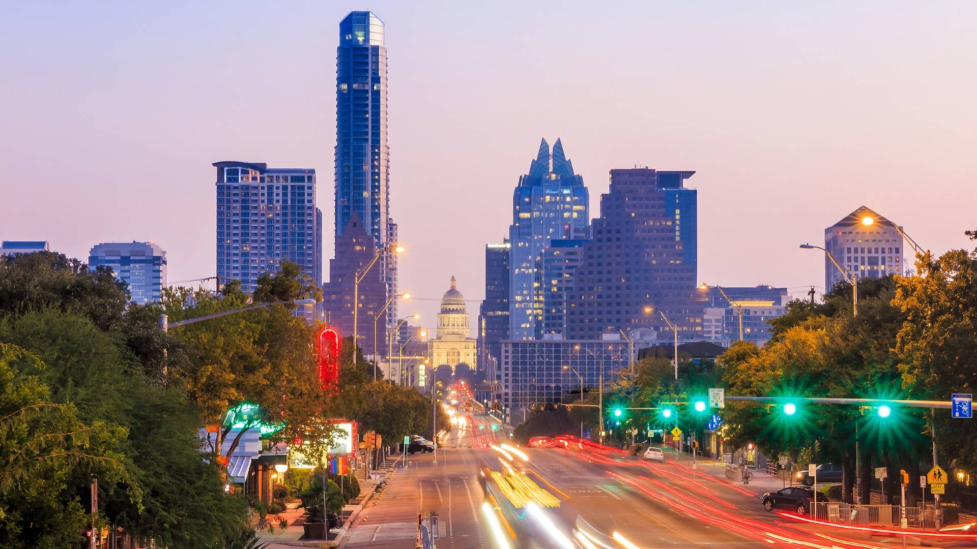 Realty Austin Co-Owners Presented with Leadership Award at Leading Real Estate Companies of the World 2020® Annual Conference