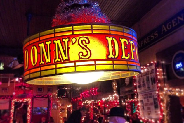 Image of Austin Christmas Lights at Donn's Depot