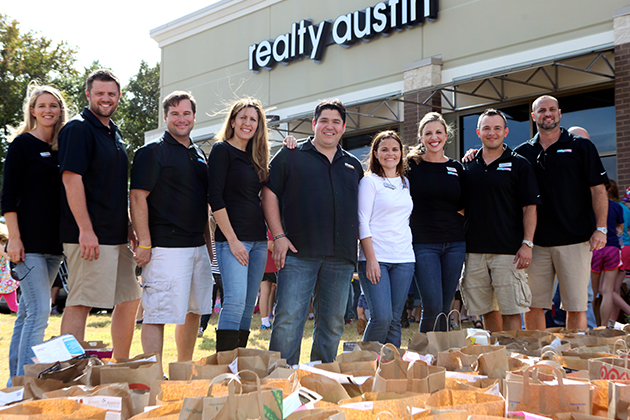 Realty Austin's Top Moments of 2013 - Realty Austin - Realty Austin Food Drive