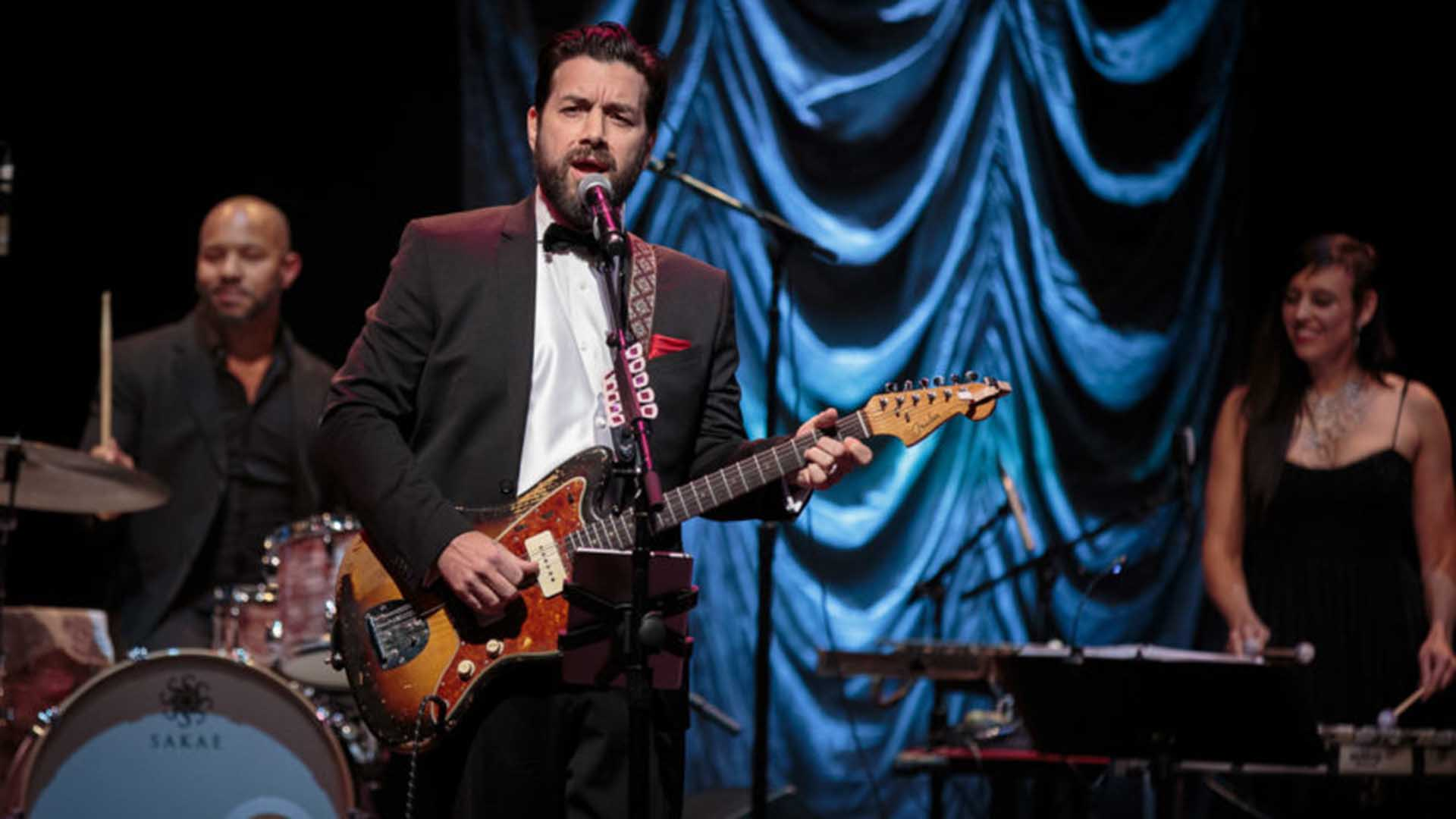 Image of Bob Schneider and the Moonlight Orchestra