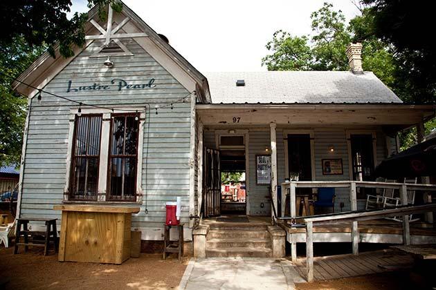 AtoX List for Newbies - Rainey Street - Realty Austin
